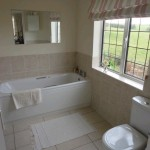 bed-and-breakfast-bourton-on-the-water-burford-Oxfordshire-bathroom-1334Luck
