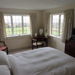 bed-and-breakfast-bourton-on-the-water-burford-Oxfordshire-bedroom-1334Luck