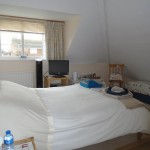 bed-and-breakfast-isle-of-wight-magnolia-lodge-bedroom-1600Weigall