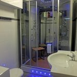 luxury shower room of the Cornish Gallery self catering