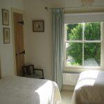 bed-breakfast-stroud-gloucester-twin-room-1944metcalfe