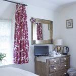 bed-breakfast-southern-england-bath-rainbow-wood-farm-family-3575Telford_Gay