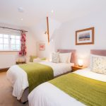 bed-breakfast-gloucestershire-alderton-corner-cottage