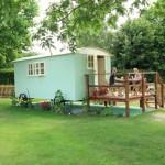 B&B Chichester West sussex Shepherds hut penfolds