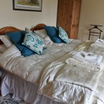 Knapps Farm B&B Shepton Mallet Somerset bedroom2 1914Mead