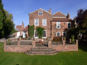 yorkshire-bed-breakfast-bedale-manor_house