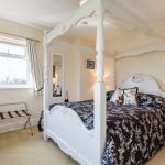 bed-breakfast-wiltshire-devizes-chippenham-Rowde-four-poster-1941Westington