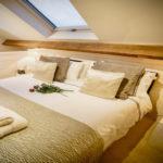 2139Hill_bedroom2