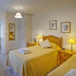 bed-breakfast-oxford-gorselands-hall