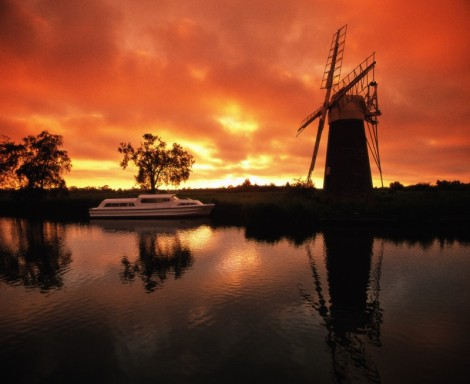 On your bike….and explore the Norfolk Broads National Park!