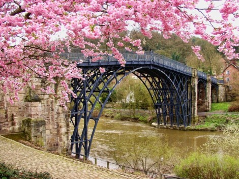 SHROPSHIRE – spectacular countryside, castles and canals…
