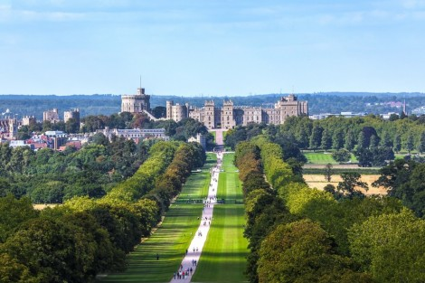 Visit BERKSHIRE & Windsor Castle – the Largest Occupied Castle in the World
