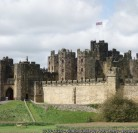 Visiting Northumberland for a mini break then stop off at Alnwick castle – Some Interesting Facts!